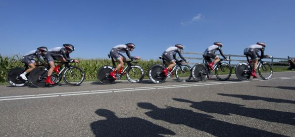 Specialized-lululemon-wins-uci-road-world-elite-women-team-time-trial-2